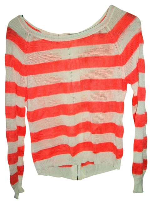Preload https://item3.tradesy.com/images/forever-21-pink-striped-sweaterpullover-size-8-m-515172-0-0.jpg?width=400&height=650