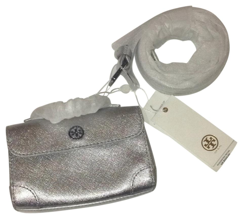 5dcfc5e0669 Tory Burch Robinson Size Large Metallic Silver Leather Waist Pack Belt 44%  off retail