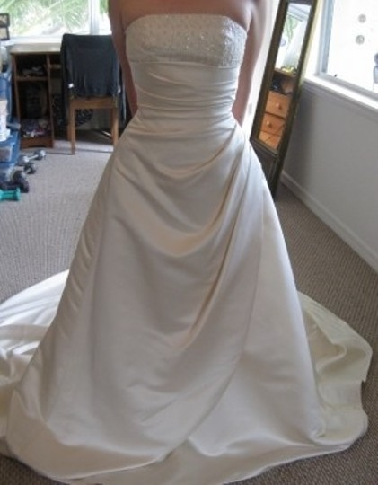 David's Bridal Champagne Satin St. Tropez V8175 Feminine Wedding Dress Size 2 (XS)