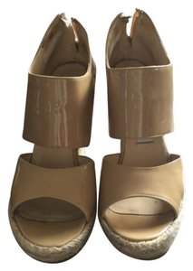Jimmy Choo Summer Comfortable Vacation Sandal Neutral Beige Wedges