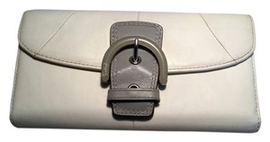 Coach Coach SOHO Buckle Envelope Trifold Wallet 7.5