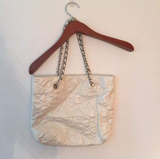Loungefly Tote in White