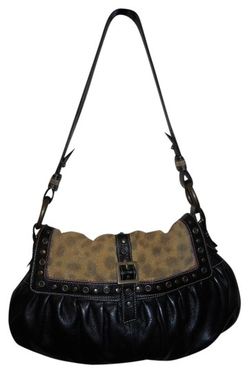 Preload https://item2.tradesy.com/images/black-and-tan-leather-hobo-bag-515671-0-0.jpg?width=440&height=440
