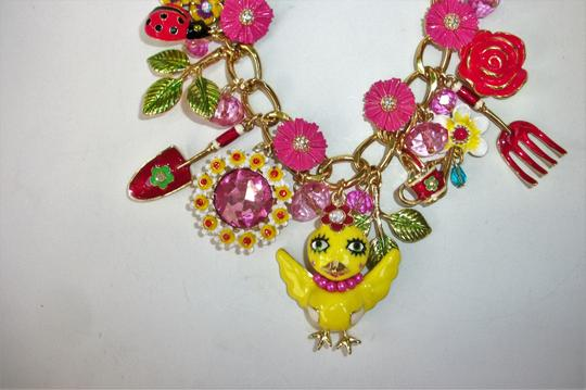 Betsey Johnson Betsey Johnson Garden Party Chickadee Statement Necklace
