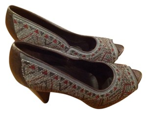 Donald J. Pliner Plum Metallic Silver Glass Beads Woven Platform Indian Plum/ multi Pumps