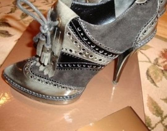 Gucci Grey and black Boots