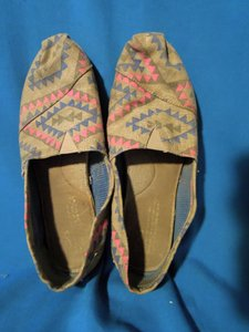 TOMS native print Flats