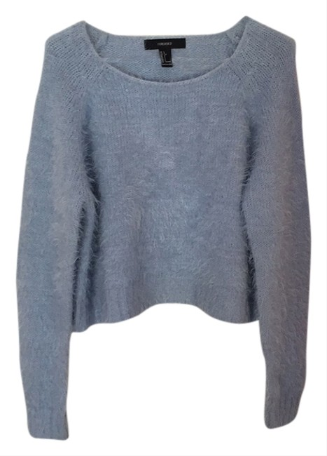 Preload https://item4.tradesy.com/images/forever-21-fuzzy-sweatshirthoodie-size-10-m-5161723-0-0.jpg?width=400&height=650