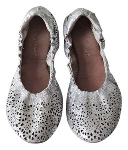 Matt Bernson Crackle Leather Cutout Silver Flats
