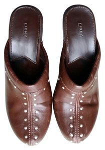 Fioni Brown Mules