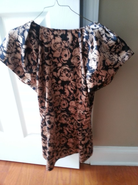Ann Taylor Top black and beige
