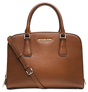 0509b115d237a3 Michael Kors Reese Satchels - Up to 70% off at Tradesy