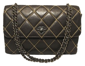 Chanel Maxi Flap Classic Shoulder Bag
