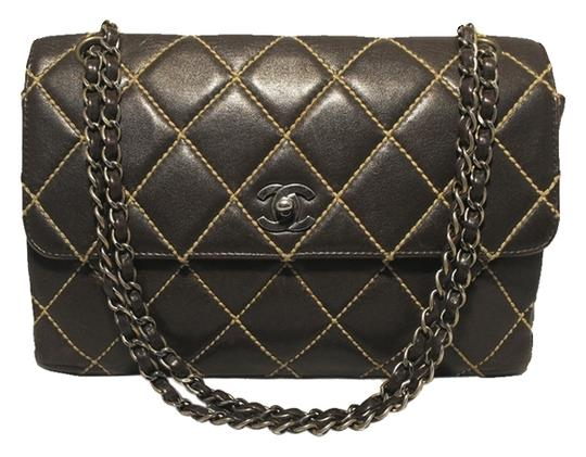 Preload https://item3.tradesy.com/images/chanel-maxi-flap-classic-brown-leather-shoulder-bag-516552-0-0.jpg?width=440&height=440