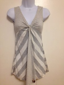 Zoah Sleeveless Summer Top Grey and white