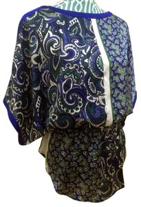 Michael Kors Mk Azurite Paisley Shirt Tunic Chiffon Short Sleeve Batwing Kimono Stretch Waist Casual Chic Elegant Modern Women Top Blue Green White