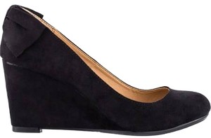 REPORT Suede black Wedges