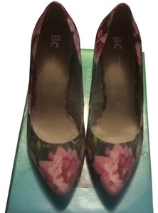 BC Footwear Floral Pumps