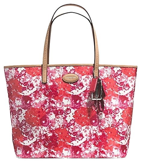 Preload https://item4.tradesy.com/images/coach-metro-floral-print-f31314-bright-pink-canvas-tote-5171158-0-0.jpg?width=440&height=440