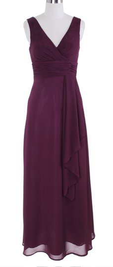 Purple Chiffon Long Draping V-neck Size:med Formal Bridesmaid/Mob Dress Size 8 (M)