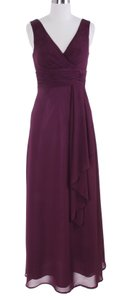 Purple Chiffon Long Draping V-neck Size:med Formal Bridesmaid/Mob Dress Size 10 (M)
