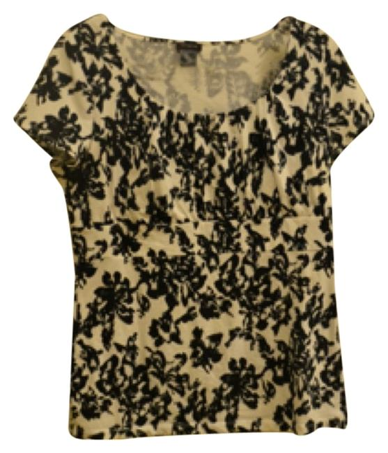 Preload https://item5.tradesy.com/images/ann-taylor-black-and-white-blouse-size-12-l-5171824-0-0.jpg?width=400&height=650