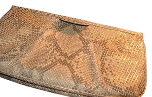 Judith Leiber golden/ dune Clutch