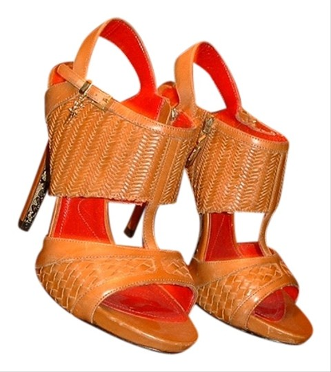 Preload https://item5.tradesy.com/images/cesare-paciotti-brown-sandals-5173774-0-0.jpg?width=440&height=440