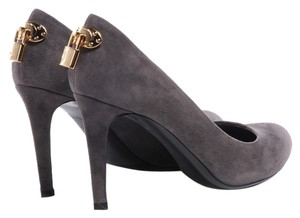 Louis Vuitton Suede Leather Oh Really Grey Pumps