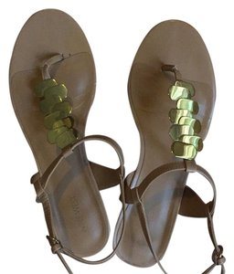 Nine West Tan and Gold Sandals