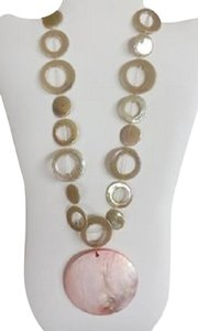 New Boutique Long Pink Shell & Iridescent Beige Circles Necklace