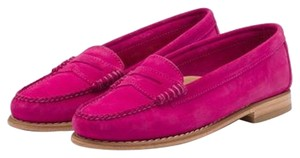 G.H. Bass & Co. Suede Pink Flats