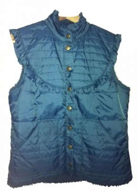 Preload https://item4.tradesy.com/images/free-people-blue-fur-lined-with-feminine-details-vest-size-4-s-5178-0-0.jpg?width=400&height=650