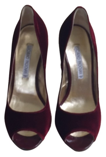 Preload https://item4.tradesy.com/images/luciano-padovan-bordeaux-formal-shoes-size-us-9-regular-m-b-5178748-0-0.jpg?width=440&height=440