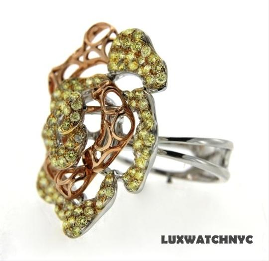 Other BRAND NEW, Ladies Yellow 18K Gold and Yellow Diamond Ring