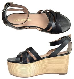 Pour La Victoire Strappy Sandals Black Platforms