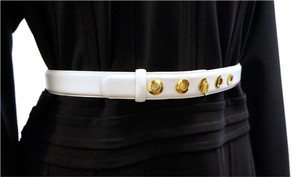 St. John ST JOHN ACCESSORIES WHITE LEATHER MEDIUM WIDTH WAIST BELT GOLD RING HARDWARE 28