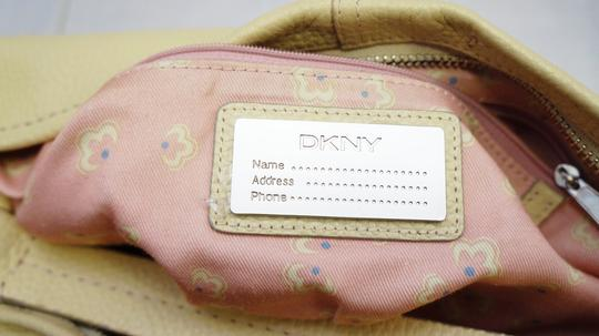 DKNY Vanilla Leather Pink Floral Slouchy Shoulder Purse Hand Hobo Bag