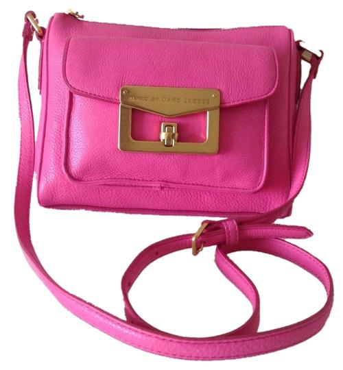 Preload https://item2.tradesy.com/images/marc-by-marc-jacobs-cross-body-bag-pink-5179861-0-0.jpg?width=440&height=440