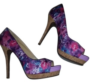 Jessica Simpson Multi floral Pumps