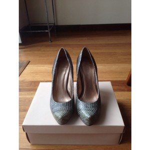 BCBGeneration Fume/Met Blue Pumps