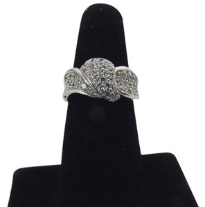 Victoria Wieck Victoria Wieck Pave Absolute Band Ring Size 7