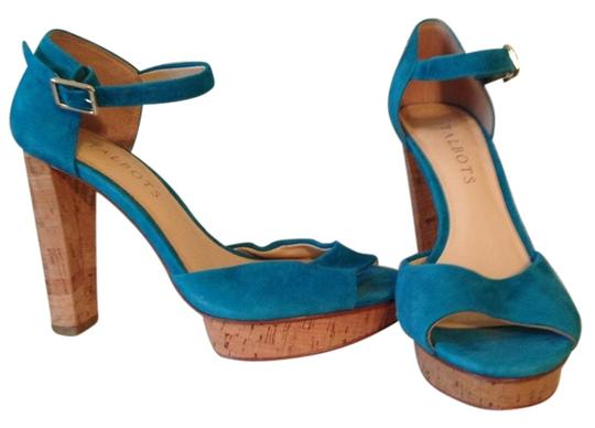 Preload https://item3.tradesy.com/images/talbots-turquoise-heel-sandals-size-us-6-regular-m-b-5185297-0-0.jpg?width=440&height=440