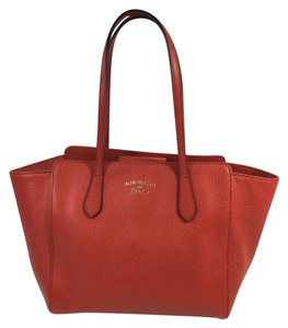 Gucci Tote in red leather