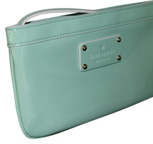 Kate Spade Chrissy Patent Wristlet in Mint Green