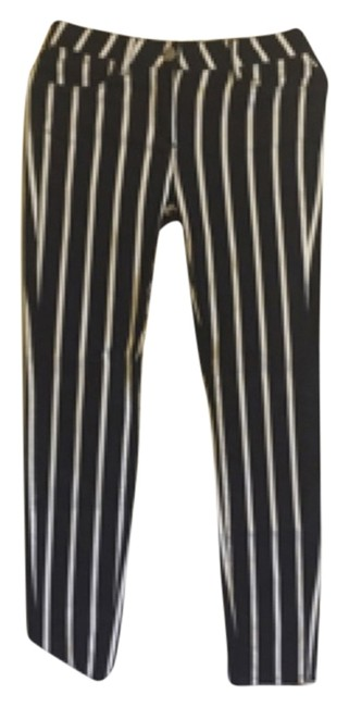 Preload https://item2.tradesy.com/images/marks-and-spencer-blue-and-white-jeggings-size-33-10-m-5186461-0-0.jpg?width=400&height=650