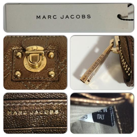 Marc Jacobs MARC JACOBS QUILTED METALLIC LARGE ZIP WALLET