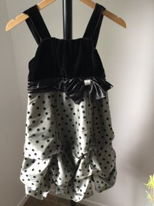 Girl Size 14 Gray-black Poly Nylon Spandex Velvet Satin Taffeta Rhinestone Formal Dress Petite 0 (XXS)