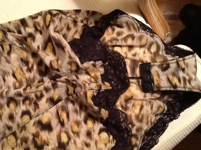 Badgley Mischka Top Leopard print/ brown, bright and gold with black lace