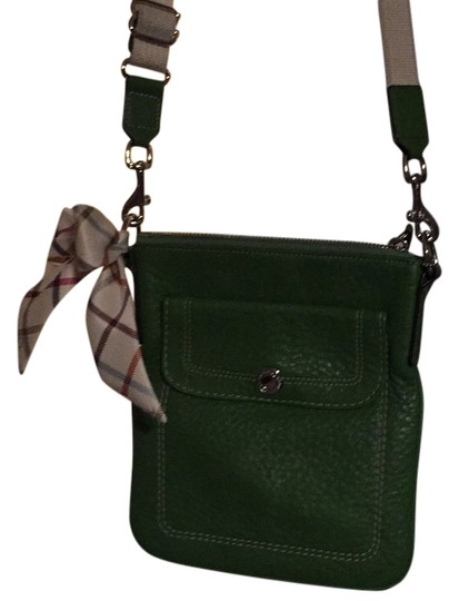 Preload https://item5.tradesy.com/images/coach-green-leather-cross-body-bag-5189254-0-0.jpg?width=440&height=440